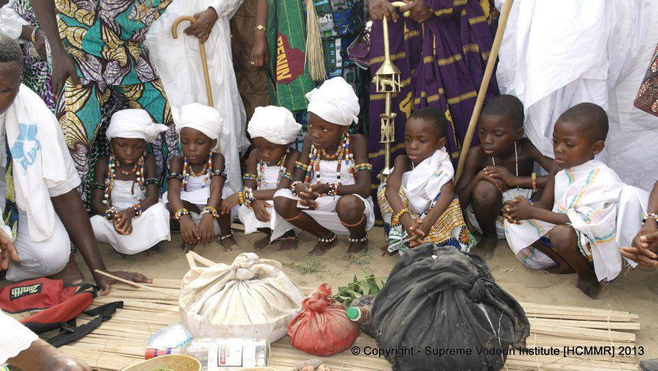 Une Europe qui frappe les pauvres sur son propre sol peut-elle aider les africains? dans Projet Grand-Bassam 18388_211523668989392_2054518490_n