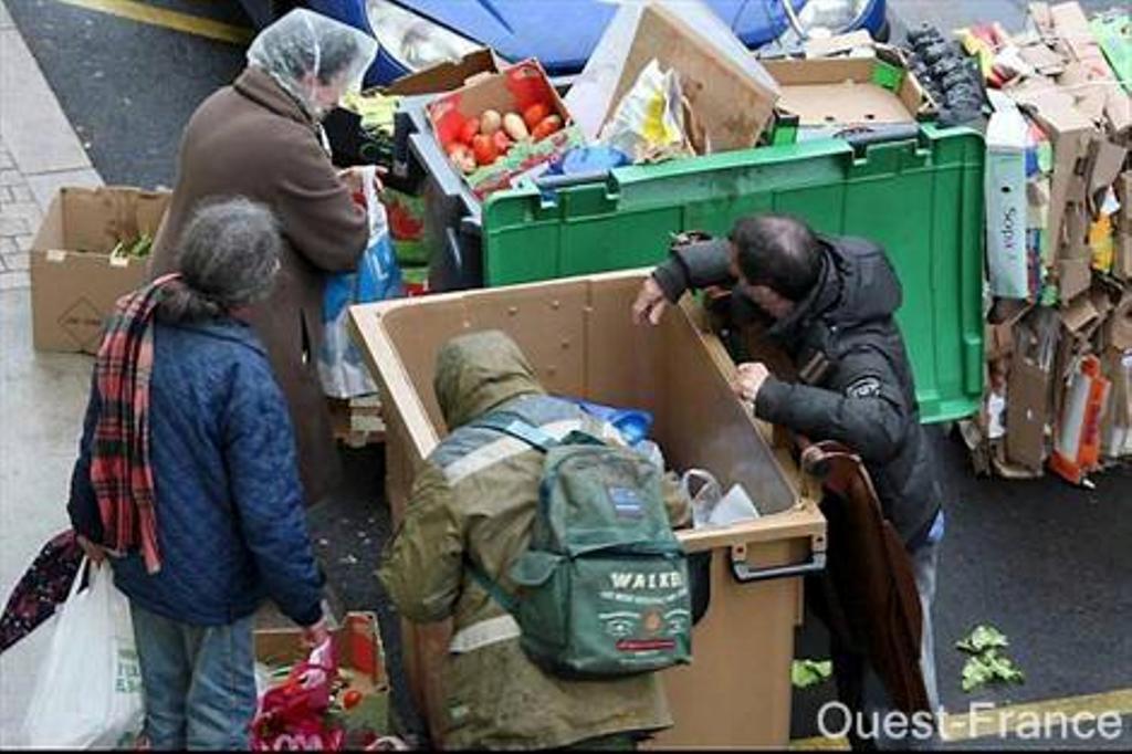 Une Europe qui frappe les pauvres sur son propre sol peut-elle aider les africains? dans Photos et vidéos 525660_107220179462787_166568626_n1